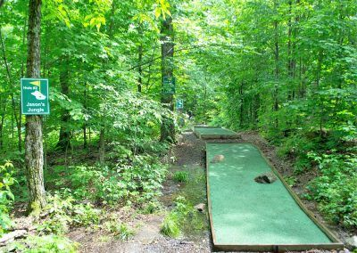 An images of the Wenonah Pines Mini Golf Course.